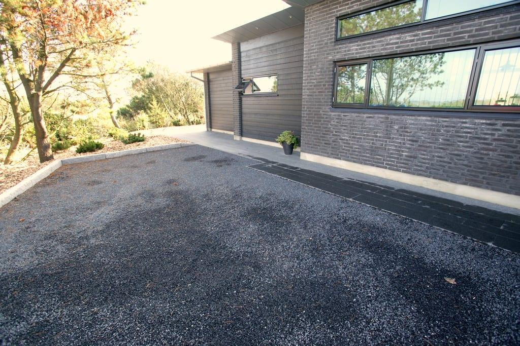 Sorte granit skærver