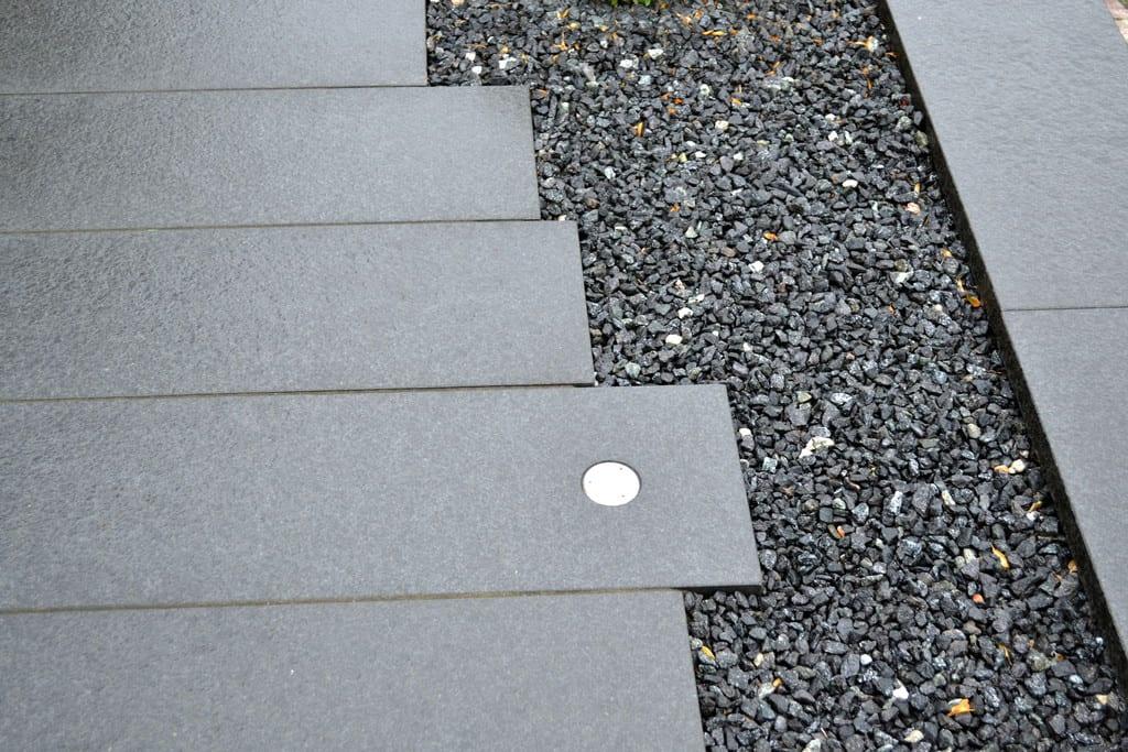 Granit bordurfliser med indbygget lys
