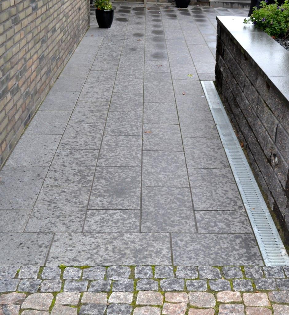 Granit fliser og aquadræn