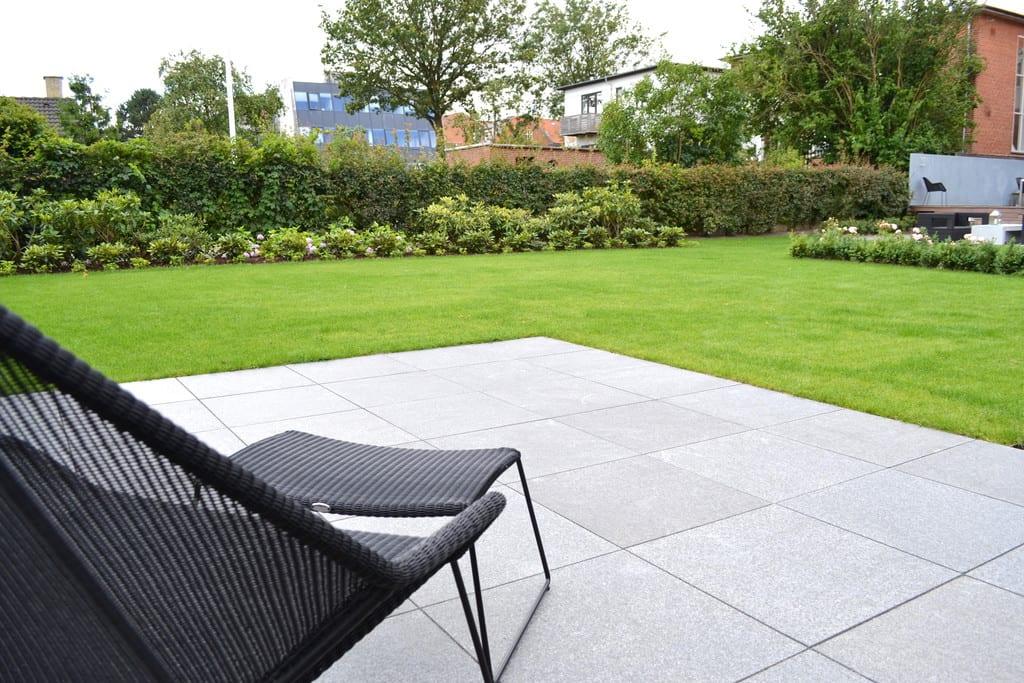Terrasse i granit fliser