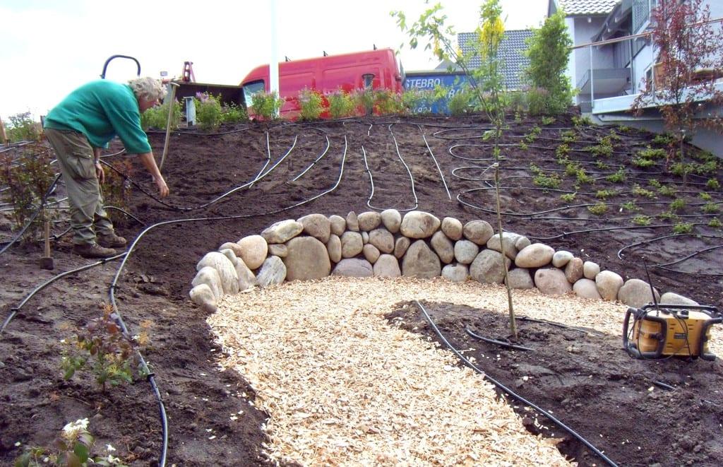 Havevandning, udlægning af siveslange