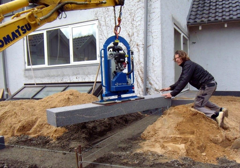 Montering af granit trappe