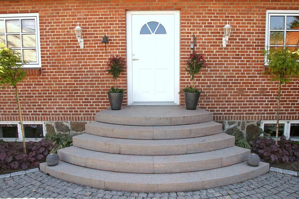 Granit trappe, speciale tilpassede trin