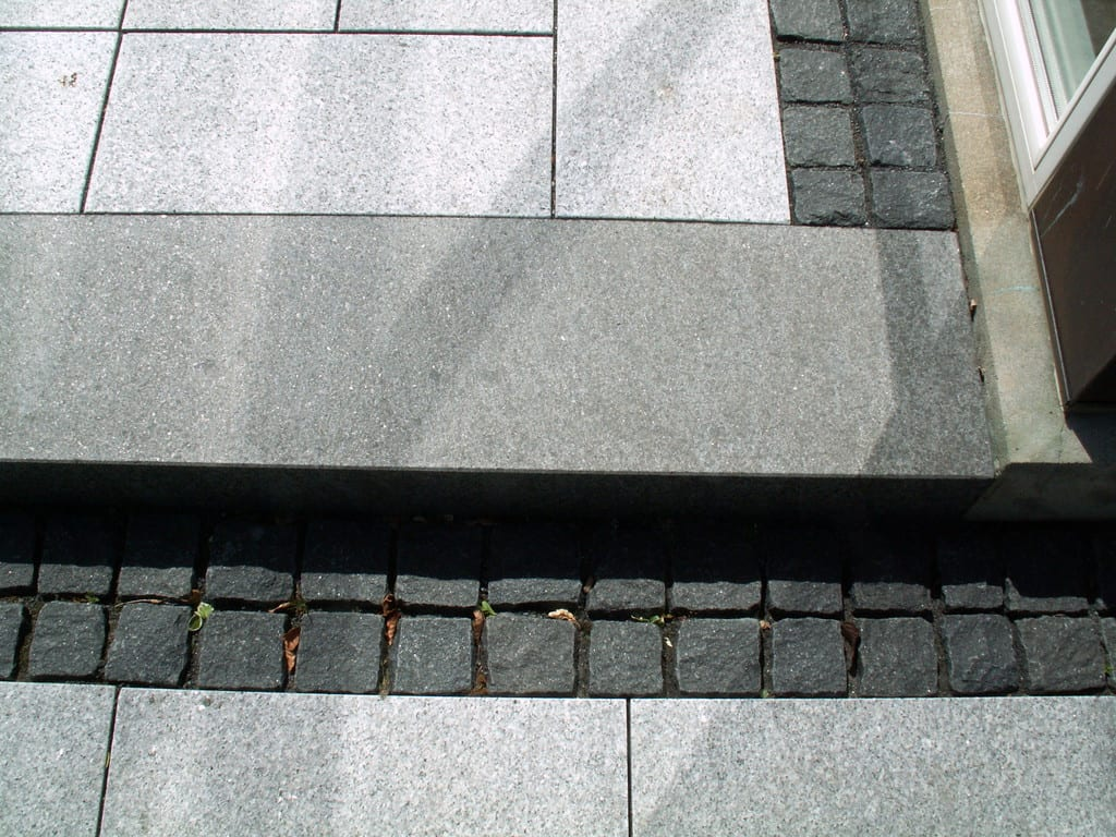 Granit fliser, trin og chaussésten