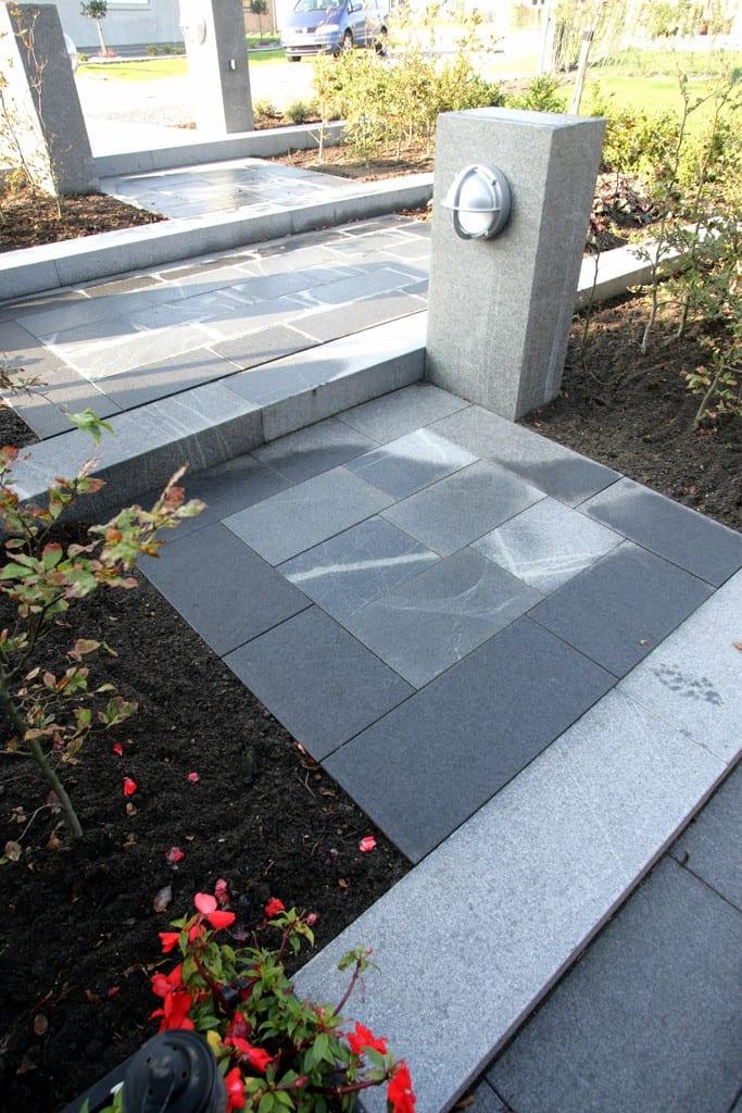Granit fliser, trin og lyspullert